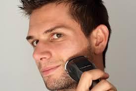 メンズ脱毛の施術前に剃毛する理由